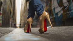 С чем носить каблуки