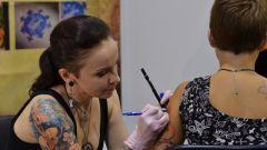 Нужно ли делать татуировку