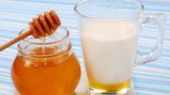 Народная аптека: молоко с медом при температуре
