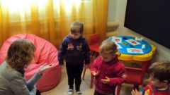 What is the responsibility of the psychologist of the kindergarten