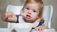 How much should to eat for lunch year-old child