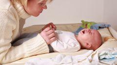 Что делать, если у грудного ребенка запор