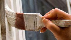 Как часто нужно красить деревянные окна