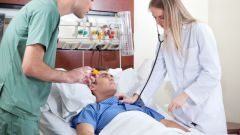 What distinguishes a heart attack from a stroke