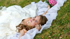 Selling wedding dresses: practical or a bad omen