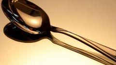 Серебряная ложка - сувенир или столовый предмет?