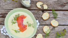 Холодный суп из лосося