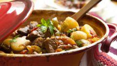 Как приготовить жаркое из баранины с алычой