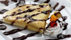 Как приготовить тонкие блинчики с творожным сыром