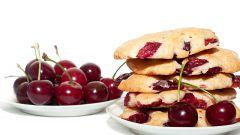 Хрустящее вишневое печенье