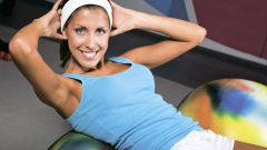 Как проще похудеть - сидя на диете или занимаясь спортом?
