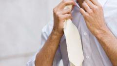 Завязываем галстук простым способом