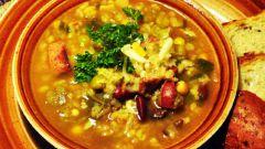 Готовим суп из пестрой фасоли с копченостями