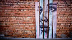 Уличная живопись: объемные рисунки на асфальте