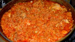 Unusual how to cook pilaf with tomato sauce