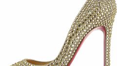 Обувь со стразами: с чем носить