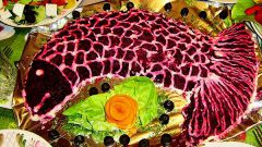 Как украсить салат сельдь под шубой: фото