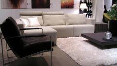 Как избавиться от пятен на мягкой мебели