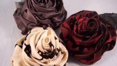 Как сделать цветы из ткани за пять минут