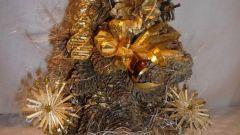 Как сделать новогоднюю елку из шишек
