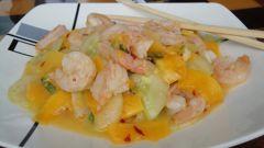 Вьетнамский салат с креветками и папайей