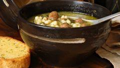 Суп из шпината с сырными фрикадельками