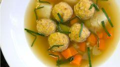 """Иранский суп """"Гонди"""" с куриными фрикадельками"""
