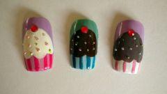 Как нарисовать пирожное на ногтях