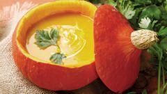 Крем-суп в тыквенном горшочке