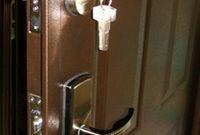 Как установить входную дверь своими руками