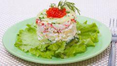 Каков состав крабового салата