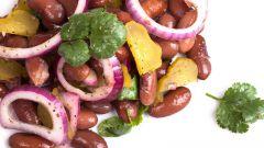 Как приготовить салат с консервированной фасолью