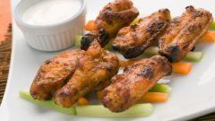 Как приготовить вкусно куриные крылышки в духовке