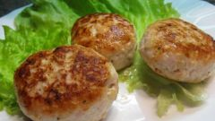 How cutlets from chicken meat to make more tender