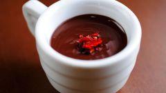 Пряный горячий шоколад с перцем чили