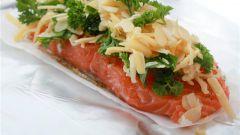 Как приготовить лосось с миндалем и апельсиновым соусом