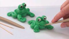Как сделать лягушку из пластилина