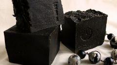Как готовить маски для лица из черной глины