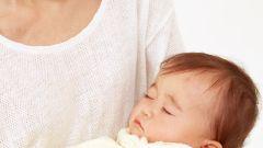 Какую одежду выбрать для новорожденного на выписку