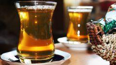 Почему на Востоке пьют чай из стакана