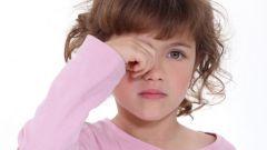 Что делать, если у ребенка на верхнем веке появился ячмень