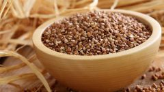 How many boiled buckwheat is obtained from a glass raw