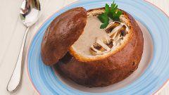 Как приготовить грибной суп в хлебе