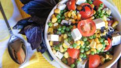 Salad recipes with corn and peas