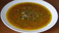 Постный суп из чечевицы с перловкой