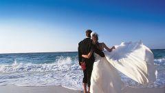 Почему месяц после свадьбы назван
