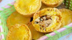 Закрытые тарталетки с грибами, курицей и шпинатом