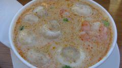 Суп бобовый с морепродуктами