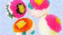 Как сделать разноцветные цветочные помпоны