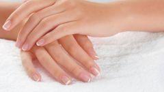 Почему синеют ногти